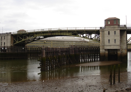 The 1931 South Park Bridge, a Scherzer Rolling Lift double-leaf bascule bridge in south Seattle. HRA conducted archaeological and architectural historical reviews, effects analysis, and mitigation actions for this bridge replacement project.